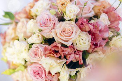 ช่อดอกไม้วันเกิด แสนอ่อนหวานนุ่มนวล