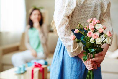 ช่อดอกไม้ที่มอบให้เพื่อนสนิท ในวันพิเศษ