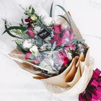 9 รูปแบบช่อดอกไม้ที่ทำให้รู้สึกอบอุ่นใจจากผู้ให้ถึงผู้รับ