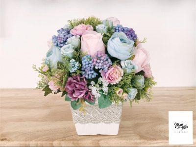 ส่งของขวัญแทนใจ ด้วยแจกันดอกไม้