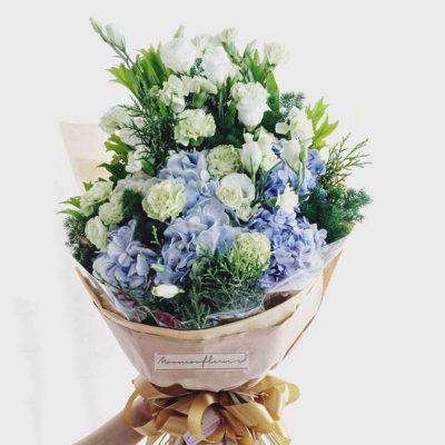 ช่อดอกไม้สำหรับเยี่ยมผู้ป่วย