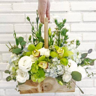 กระเช้าดอกไม้เยี่ยมผู้ป่วย