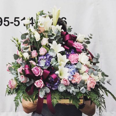 กระเช้าดอกไม้สีพาสเทลนุ่มนวล