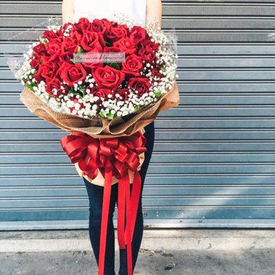 เติมเต็มความรักด้วยช่อดอกกุหลาบ จนหลายคนต้องอิจฉา!