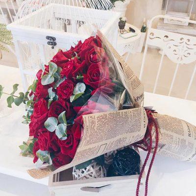 รักเธอคนดี ส่งดอกไม้ฟรีให้เธอได้รับรู้