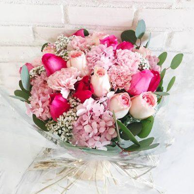 ช่อดอกไม้ที่ผู้หญิงชื่นชอบ