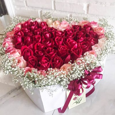 ส่งความสุขด้วยกล่องดอกไม้ต่อคนพิเศษ